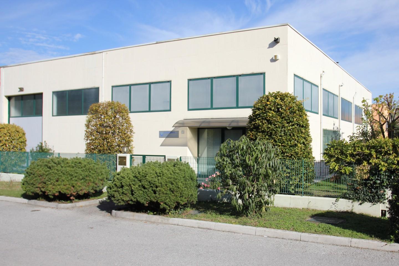 Edificio dove ha la sede Econorma S.a.S.